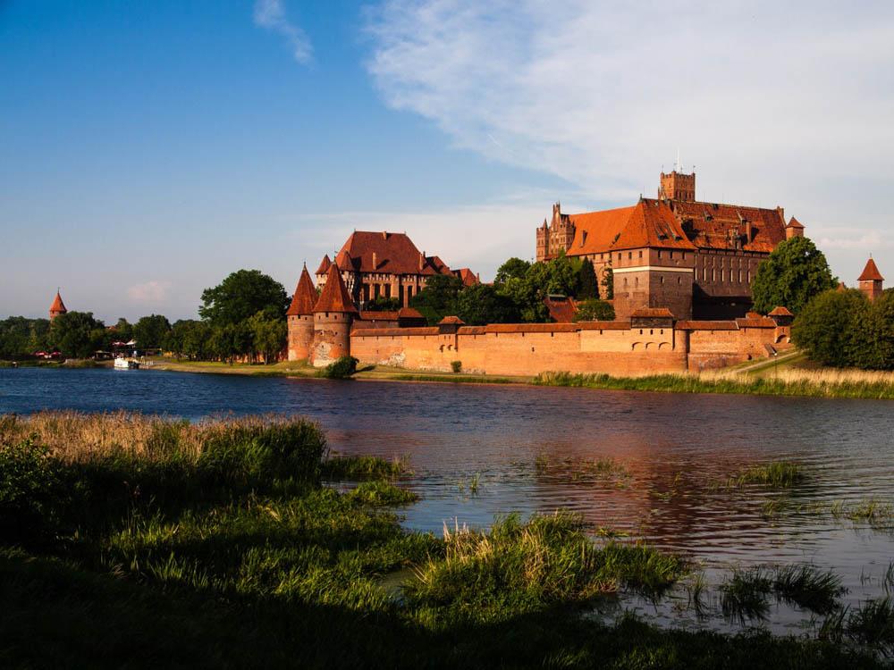 Schlosser Burgen